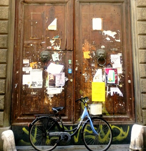 Bike and door in Italy